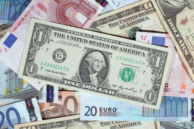 سرمایه گذاری با دلار