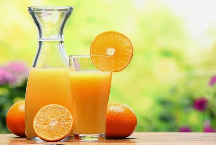 درمان سیاهی دور چشم با آب پرتقال