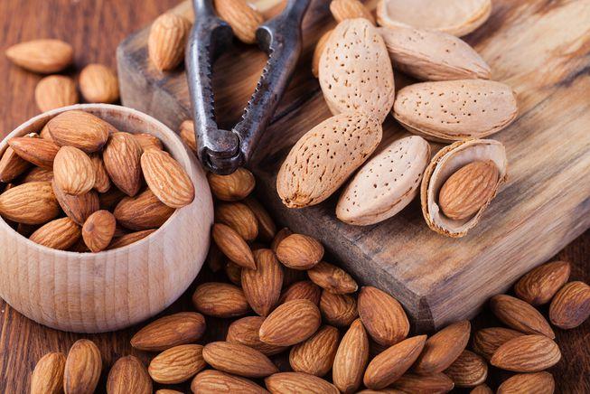 نقش بادام در سلامتی بدن