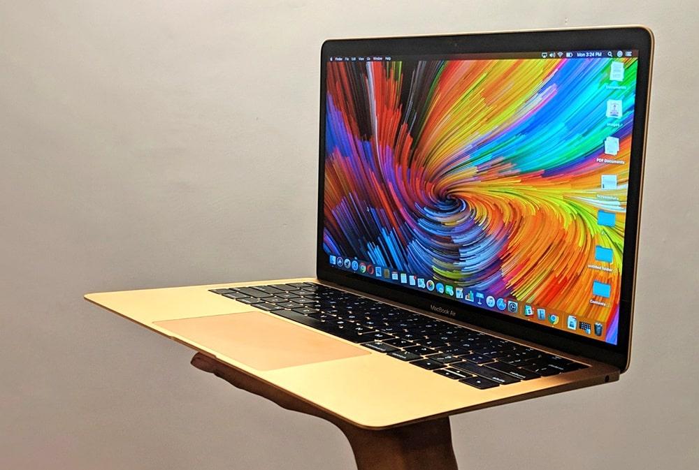جلوگیری از گرم شدن لپ تاپ اپل